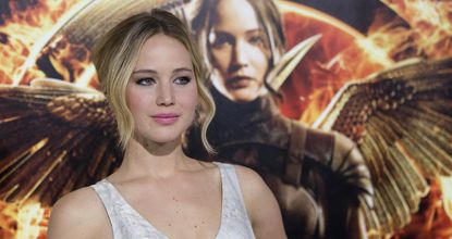 Cast member Jennifer Lawrence poses at the premiere of 'The Hunger Games: Mockingjay - Part 1' in Los Angeles, California, on Nov 17, 2014. The movie opens in the US on Nov 21. (Reuters photo)