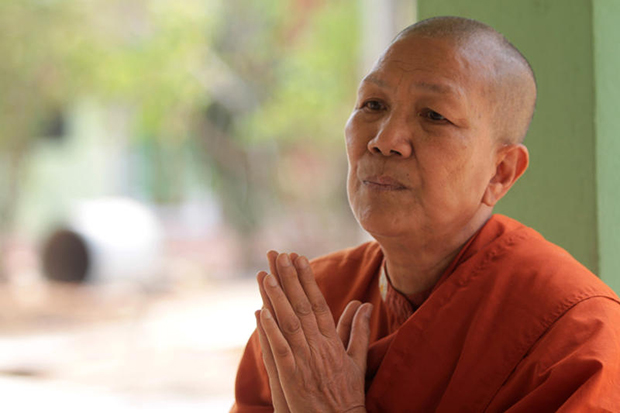 Dhammananda Bhikkhuni is pushing for recognition as a female monk. (Photos by Pawat Laopaisarntaksin)