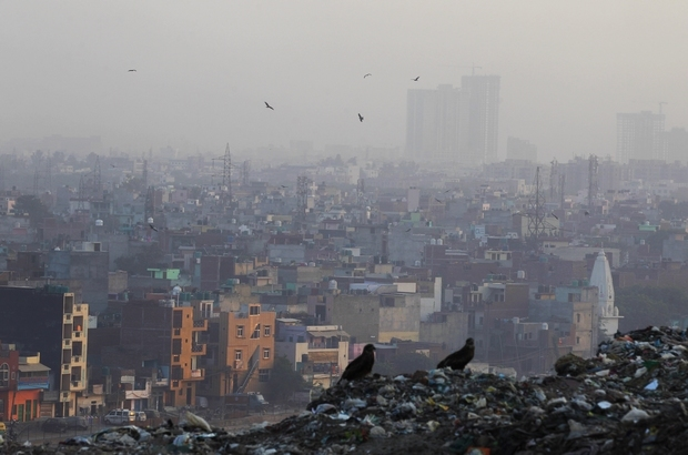 A haze of dust and smoke blankets the landscape in New Delhi, the most polluted city in the world. (AP Photo)