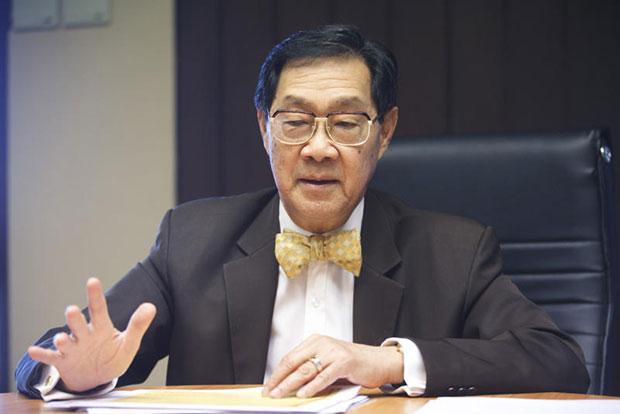 MR Pridiyathorn Devakula hopes to bring cheap internet to all villages in Thailand. (Bangkok Post file photo)