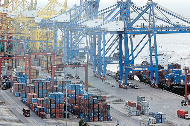 A decline of 6.1% in February export value compounds the gloomy economic outlook for Thailand.