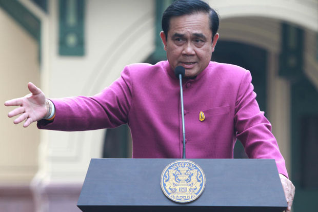 Prime Minister Prayut Chan-o-cha promises his ultimate power under Section 44 is for national progress only. (Photo by Thanarak Khunton)