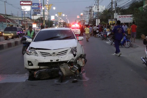 A motorcycle driver was killed by a car on Tuesday evening in Kanchanaburi's Tha Muang district.