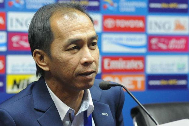 "Police United coach Attaphol ""Tak"" Buspakoom died in Bangkok on Thursday morning, April 16, 2015. (Bangkok Post file photo)"