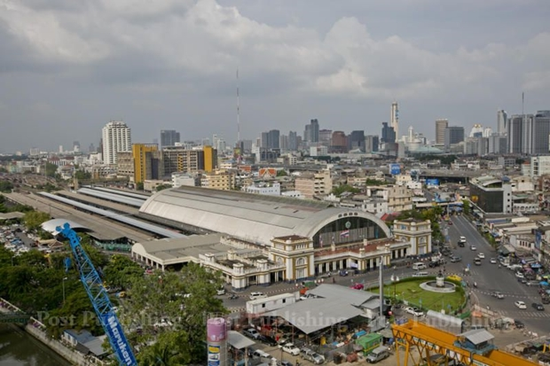 Hua Lamphong railway station officially opened on June 25, 1916 and it is such a basic Bangkok landmark that it is hard to used to the fact that it will soon cease serving passengers.  KRIT PROMSAKA NA SAKOLNAKORN