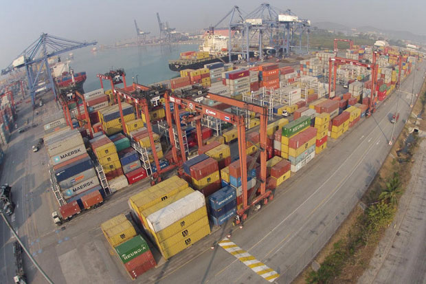 The Commerce Ministry sees a positive sign for Thai exports as the US reinstates its GSP for the country. (Photo by Pattarapong Chatpattarasill)