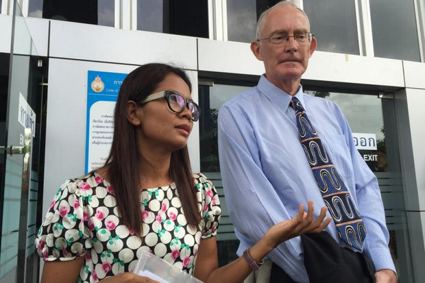 There was plenty of support for Phuketwan journalists Alan Morison and Chutima Sidasathian as the Navy ploughed ahead with its defamation suit against the pair at the Phuket Provincial Court.