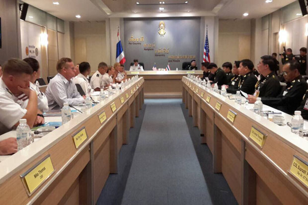 The two delegations face off as Thai-American middle level miltary talks on joint activities and cooperation get underway in Bangkok on Tuesday. They are scheduled to run from July 21-24. (Army photo)