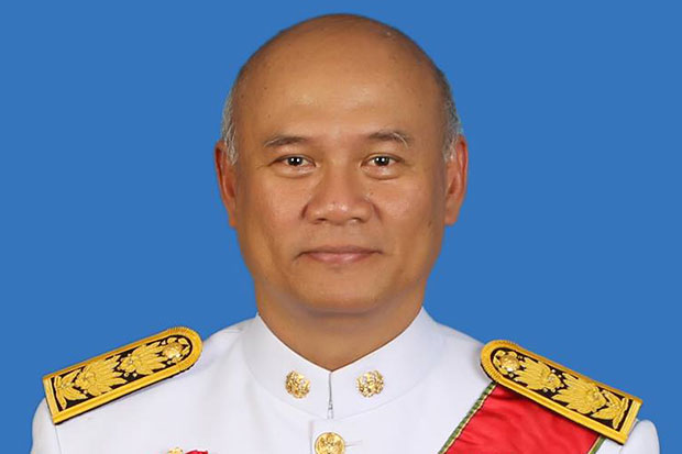 Lt Gen Pongsakorn Rodchompoo, suddenly shunted from the position of deputy secretary-general of the National Security Council to an inactive job as adviser in the Prime Minister's Office, in a move seen as ridding the security agency of all influence of  former prime minister Thaksin Shinawatra. (Photo from Pongsakorn Rodchompoo Facebook)