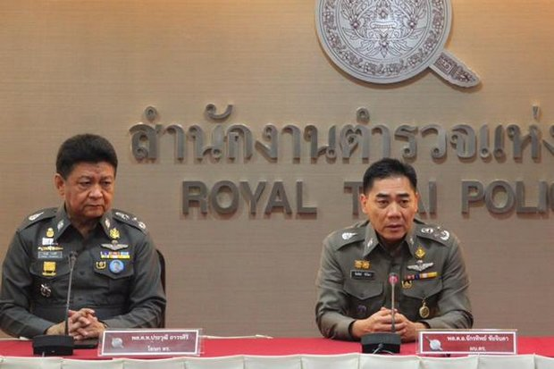 Deputy police chief Pol Lt Gen Prawut Thavornsiri (left) and all staff officers were dismissed as police spokesmen but new chief Chakthip Chaijinda (right) insists it is nothing to do with the lese majeste probe involving fortune teller Mor Yang and his alleged