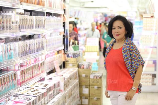 Areeyachat Apisitamornkul, aka Jae Leng, started her cosmetics and fashion empire in a small shophouse more than 30 years ago.Pornprom Satrabhaya