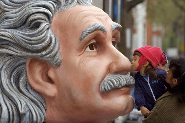 A fibreglass head scientist Albert Einstein is delivered to the Science Museum in London for an exhibition (EPA photo)