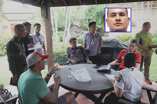 Pattaya police interview friends of Australian Wayne Rodney Schneider (inset), who was abducted from his Pattaya home early Monday. (Photo by Treenai Jansrichon)