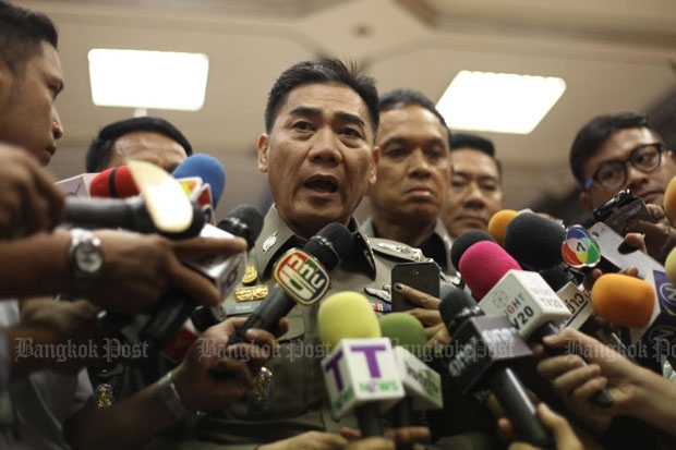 Police chief Chakthip Chaijinda said he ordered subordinates to look for a supposed mastermind behind Myanmar protests against the Koh Tao ruling. (Photo by Pornprom Satrabhaya)