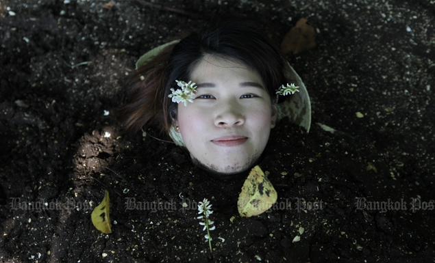 Black sand 'reduces fatigue, paralysis'