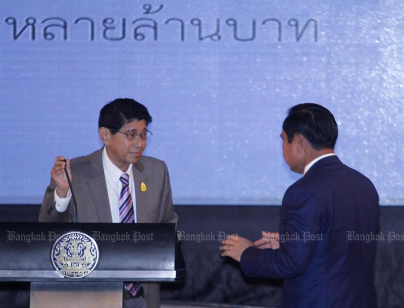 Deputy Prime Minister Wissanu Krea-ngam (left): No charter in the world is fully democratic. (Photo by Thanarak Khunton)