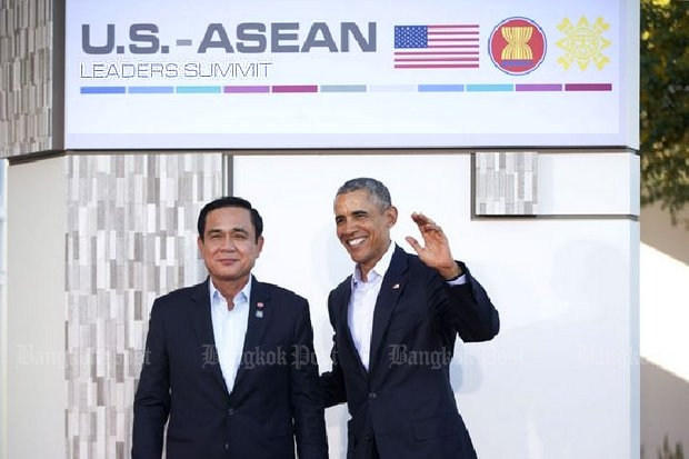 US President Barack Obama made a point of greeting Prime Minister Prayut Chan-o-cha warmly at his mid-February summit in California. (AP photo)