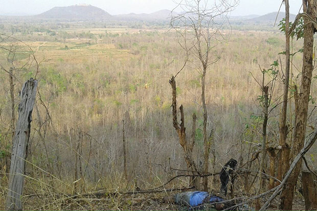 The army had declared a training field in Sukhothai off-limits to outsiders before two bombs collected by some residents went off and killed five people in Sukhothai and neigbhouring Tak on Friday. (Photo by Assawin Pinitwong)