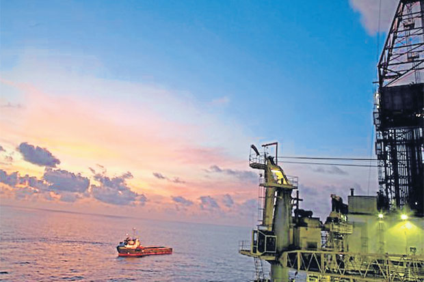 The first phase of PTTEP's LNG project in Mozambique's Rovuma Offshore Area 1 is expected to be completed within 2021.