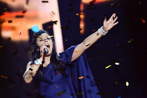 Jamala, representing Ukraine, performs her winning song <i>1944</i> at the final of the Eurovision Song Contest 2016 Grand Final in Stockholm last Saturday. (AFP photo)