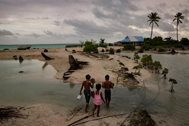 Rising sea shocks Pacific's Kiribati