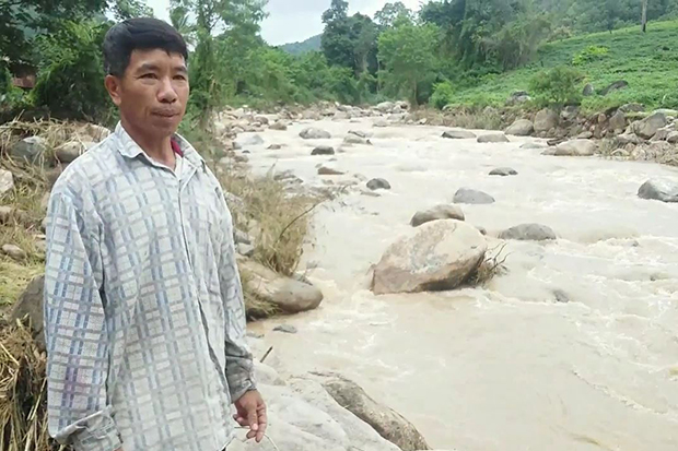 The Khong and Mae Na streams flow near Ban Mae Na in tambon Ta Toeng and are subject to flash floods. Village chief Prapan Thanapongchote says they want to move to a safer area they previously donated to a game reserve. (Photo by Cheewin Sattha)
