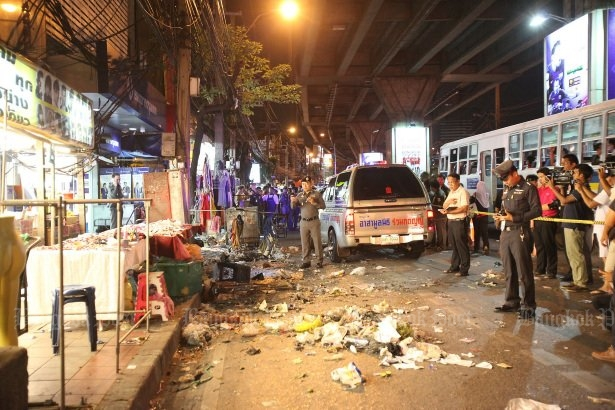 FLASHBACK The bomb was hidden amongst garbage bins and exploded in the evening at the entrance of Ramkhamhaeng Road Soi 43/1. Seven people were wounded, and four men from the South were later caught and convicted. (File photo by Pattarapong Chatpattarasill)