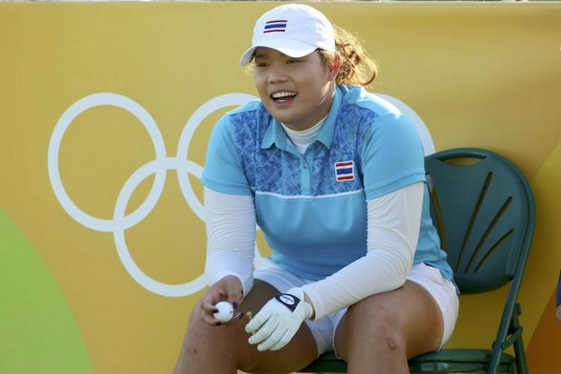 Ariya waits to tee off on the 17th hole, on her way to the lead in Day 1 of the four-round Rio 2016 women's golf event. (Reuters photo)