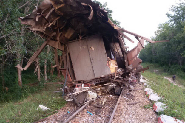 The back half of the last carriage on the Sungai Kolok-Bangkok train was blown off by the bomb blast in Khok Pho district of Pattani on Saturday evening. (Photo by Abdulloh Benjakat)