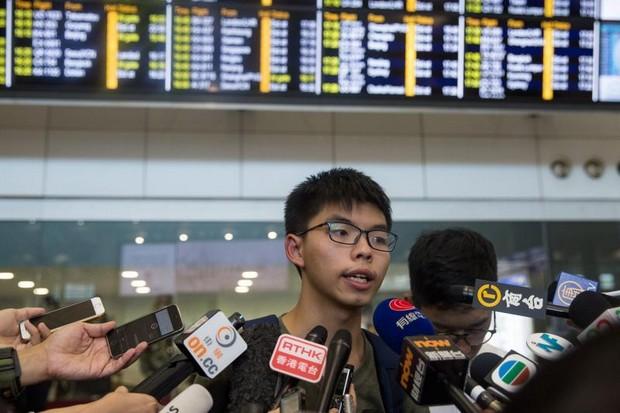 Back in Hong Kong after his shameful detention in Bangkok, activist Joshua Wong explains Thailand's respect for human rights and democracy. (EPA photo)