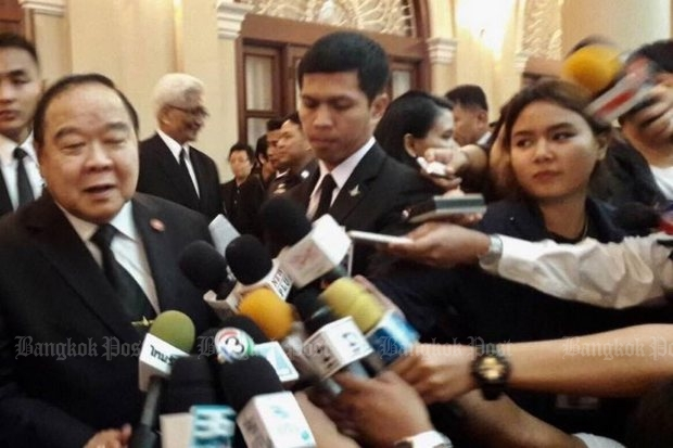Deputy Prime Minister Prawit Wongsuwon (left). A civil rights group says that contrary to his official statements, detained Muslim youths have been sent from Bangkok to the notorious Ingkayut Borihan Military Camp in Pattani for