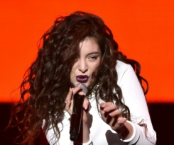 Lorde, 20, reveals album on adulthood