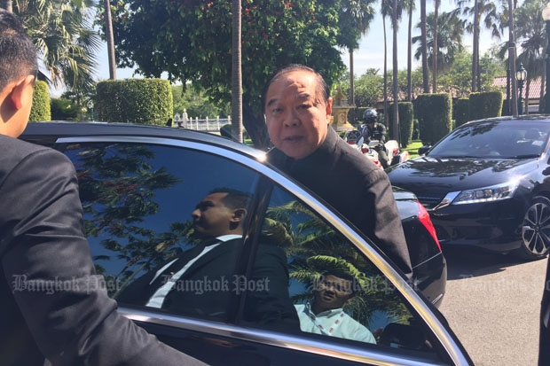 Deputy Prime Minister Prawit Wongsuwon speaks to reporters at Government House on Tuesday morning. (Photo by Wassana Nanuam)