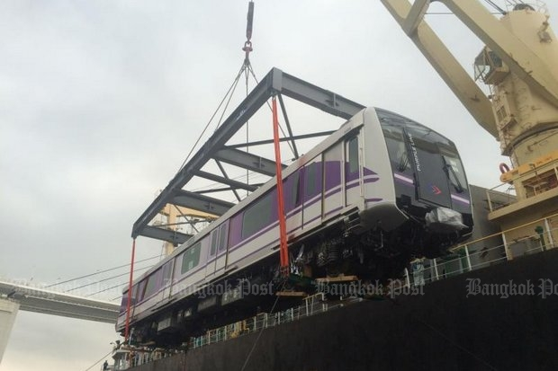 This car being shipped from Japan last month for Bangkok's Purple Line may be more expensive, but unlike donated carriages from Japan, it is not 20 years old and require work to run well. (File photo)