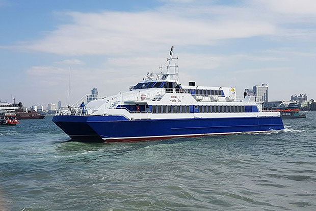 The ferry service between Pattaya and Hua Hin will begin on Jan 1, with free passage until Jan 15 for Thais and foreign tourists. The ferry is expected to take two hours to cross the Gulf. (Photo by Chaiyot Pupattanapong)