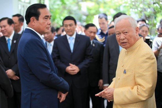 An change to the constitution requested by His Majesty the King concerns the chief of the Privy Council, currently Gen Prem Tinsulanonda, seen above with Prime Minister Prayut Chan-o-cha at his birthday party last August. (Bangkok Post file photo)