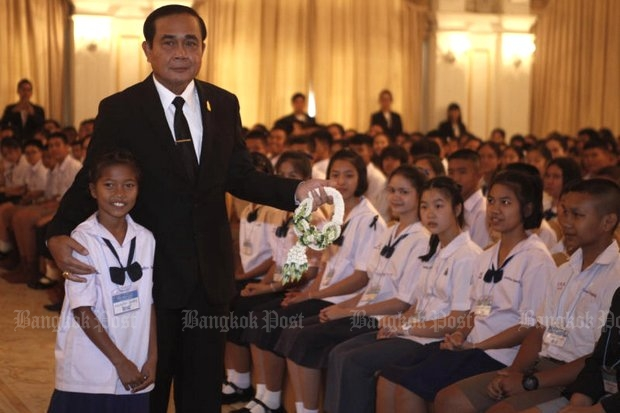 Ahead of National Children's Day on Saturday, Prime Minister Prayut Chan-o-cha had mixed advice for children. (Photo by Thanarak Khunton)