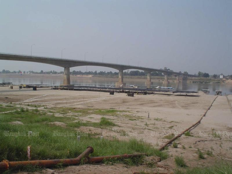 The Thai-Lao Friendship Bridge over the Mekong River is seen from Nong Khai. (Post Today photo)