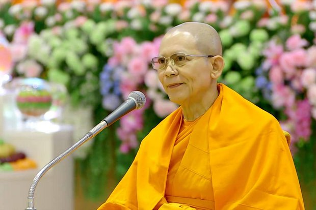 The National Office of Buddhism will request the Sangha Supreme Council to begin 'a time-consuming process' to investigate the actions of sect leader and fugitive monk Phra Dhammajayo, which could eventually lead to his defrocking. (Photo via YouTube)