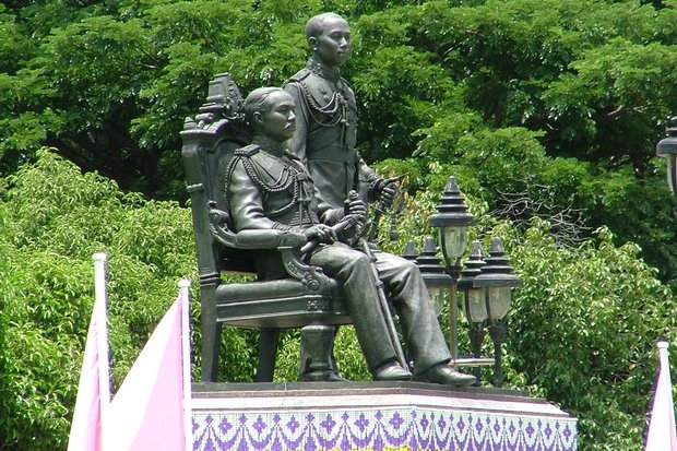 Kings Chulalongkorn and Vajiravudh, Rama 5 and 6, are rightfully honoured for bringing Chulalongkorn University into existence, and nurturing it. (File photo)