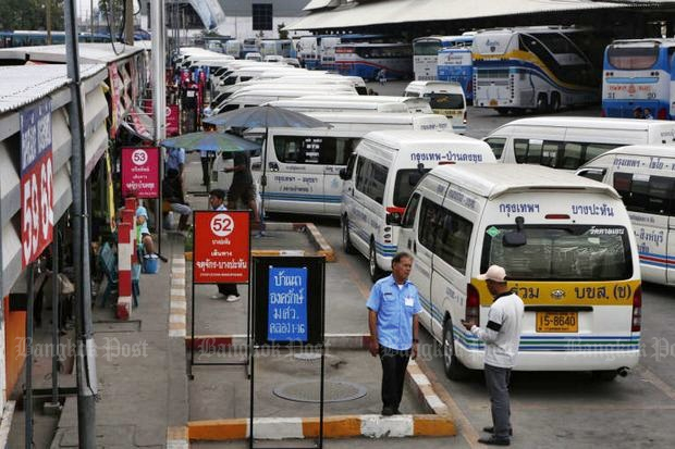 The Bangkok Mass Transit Authority says it will take five years to replace all vans currently in service. (Bangkok Post file photo)