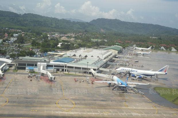 An aerial view of Phuket airport. (Bangkok Post file photo)