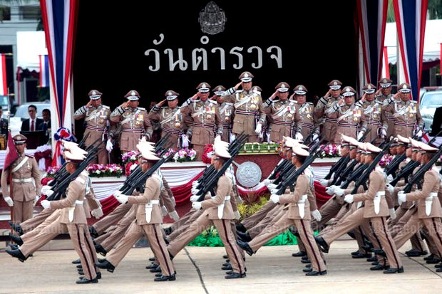 A police cadet graduation ceremony. A new proposal to put the force under the Justice Ministry has been entered for discussion. (Bangkok Post file photo)