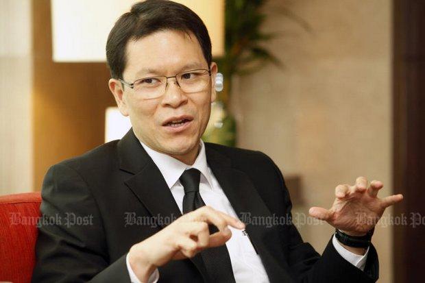 Veerathai Santiprabhob: Central bank ready to intervene if baht gains too much. (Bangkok Post file photo)