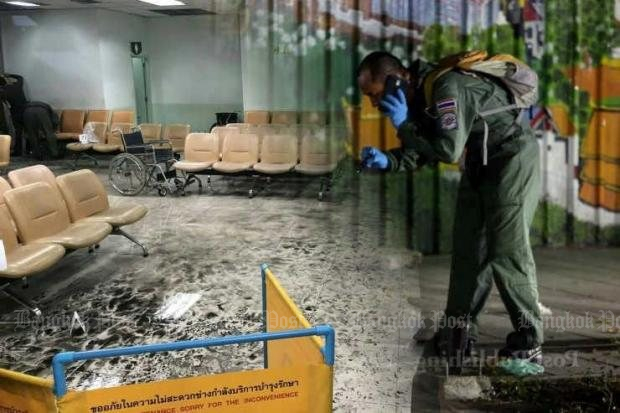 A forensic expert gathers evidence from the scene of the explosion in the Phramongkutklao Hospital waiting room on May 22. (File photo)