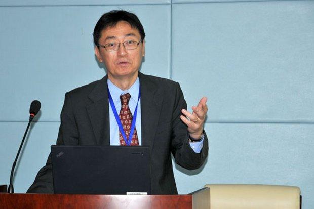 Donghyun Park is principal economist at the Asian Development Bank's Economic Research and Regional Cooperation Department. (Photo via Harvard University)