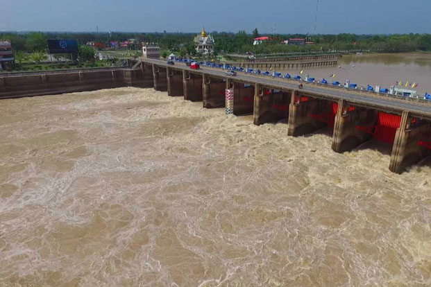 Chao Phraya Dam has recently discharged water in preparation for the rainy season. (Bangkok Post file photo)