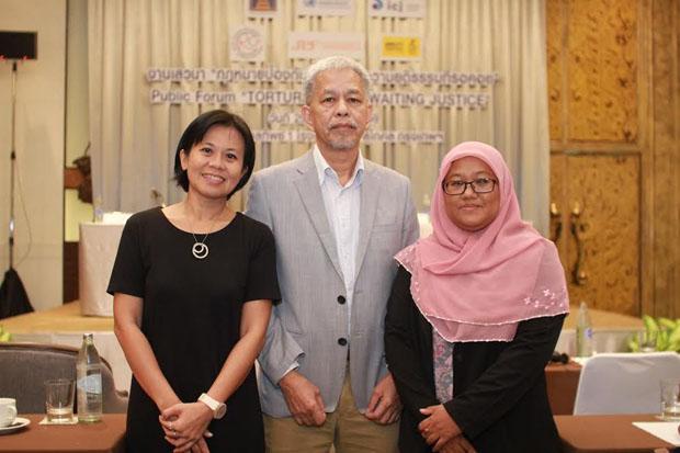 From left, human rights activists Pornpen Khongkachonkiet, Somchai Homlaor, and Anchana Heemminaand (photo by Abdulloh Benjakat)
