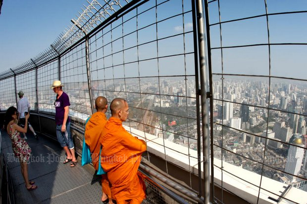 On a clear day, from the 84th floor of the Baiyoke Tower 2, you can even see the curvature of Earth. (File photo by Pattarapong Chatpattarasill)
