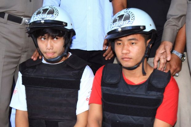 Zaw Lin, left, and Win Zaw Htun were arrested on Koh Tao about two weeks after the brutal murders of two young British travellers on Sept 15, 2014. (AP file photo)